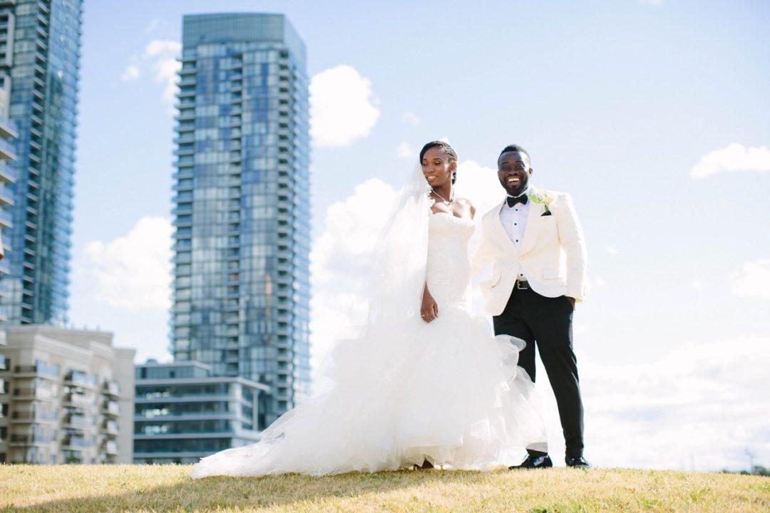 mississauga-celebration-square-wedding-_0205